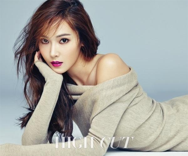 Tiffany (SNSD) tung album cung thoi diem voi Jessica hinh anh 2