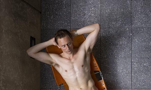 'Loki' Tom Hiddleston khong ngai canh nong hinh anh 2