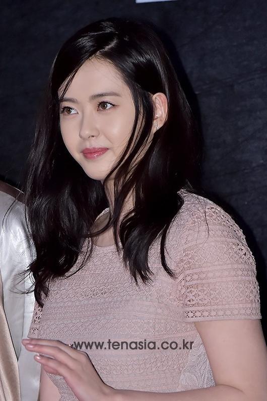 Seohyun (SNSD) thanh lich, Go Ara tang can hinh anh 4