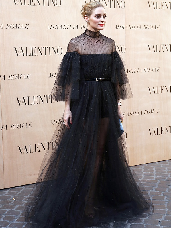 Angelina Jolie bi lang quen o 'Oscar thoi trang'? hinh anh 3