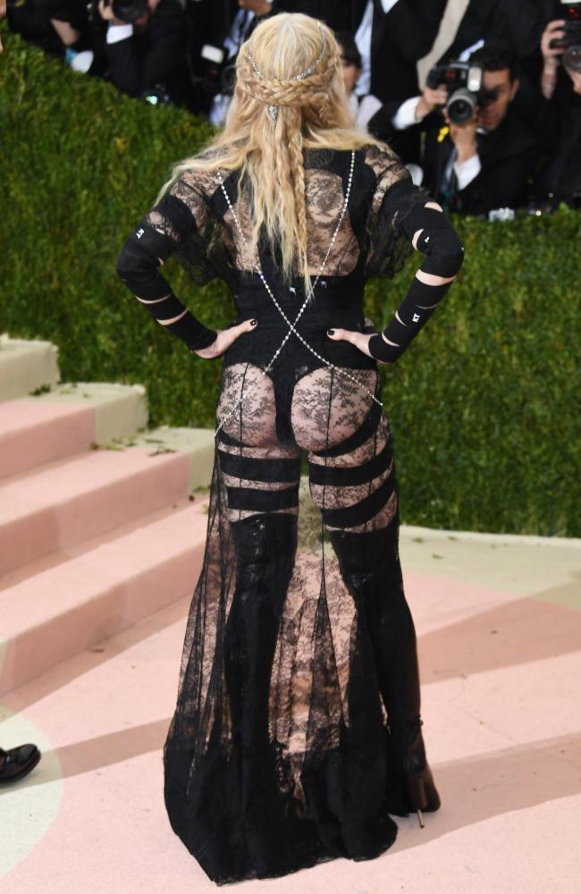 Madonna phan phao khi bi che phan cam o 'Oscar thoi trang' hinh anh 1