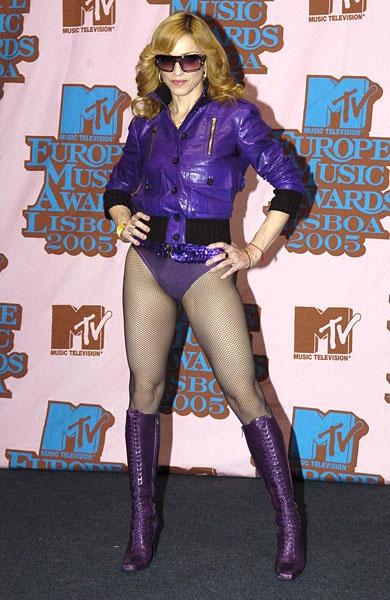 Madonna: Bieu tuong thoi trang hay nguoi dan ba noi loan? hinh anh 8