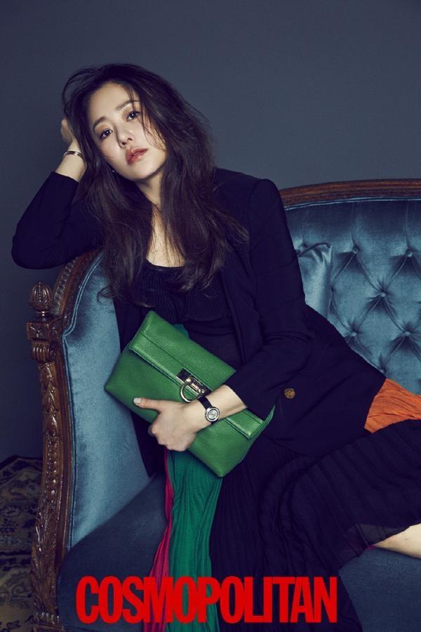 'Ac nu' Go Hyun Jung sanh dieu tren tap chi hinh anh 2