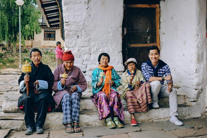 MC Nguyen Khang: 'Bhutan ngheo nhung khong ai lo doi kho' hinh anh 2