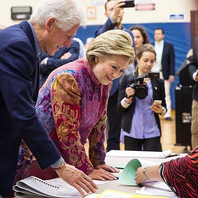 Cuoc cach mang phong cach thoi trang cua Hillary Clinton hinh anh 2