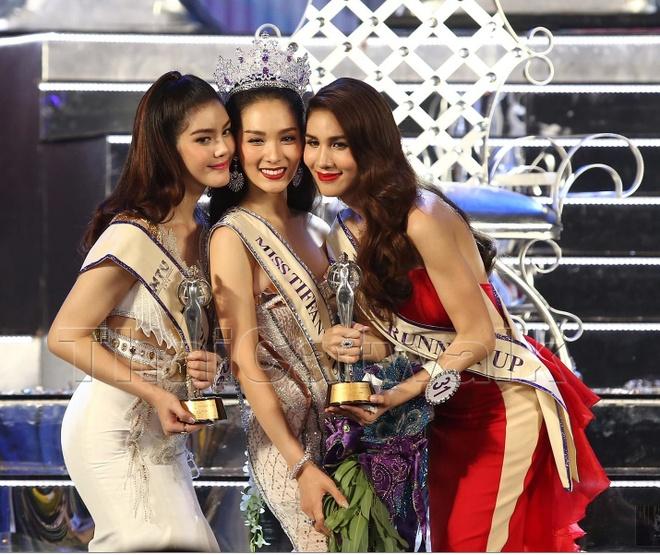 Nguoi mau 22 tuoi len ngoi Hoa hau chuyen gioi Thai Lan 2016 hinh anh 1