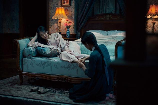 Trailer phim The Handmaiden gay xon xao vi canh nong dong tinh hinh anh