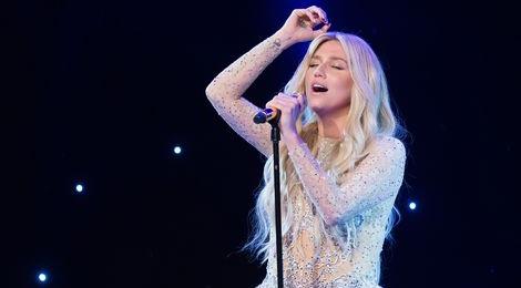 Kesha bi hang dia cam bieu dien hinh anh