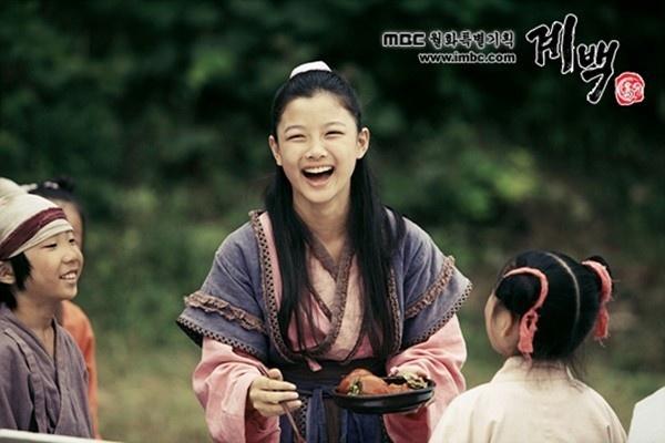My nhan nhi xu Han va gia tai phim co trang do so hinh anh 7