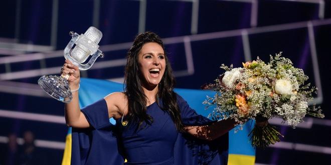 Nga noi gian vi Ukraine thang cuoc thi Eurovision hinh anh