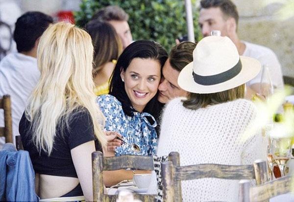 Katy Perry nguong vi Orlando Bloom au yem qua muc hinh anh 1