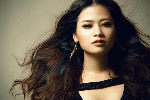 Duong Hoang Yen to BTC Hoa hau Bien thieu ton trong nghe si hinh anh 2