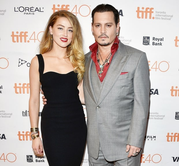 Vo cu Johnny Depp bat khoc khi roi toa an hinh anh 3