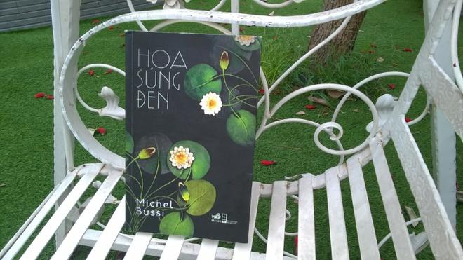 'Hoa sung den' – Cau chuyen cua tinh yeu, bi kich va toi ac hinh anh