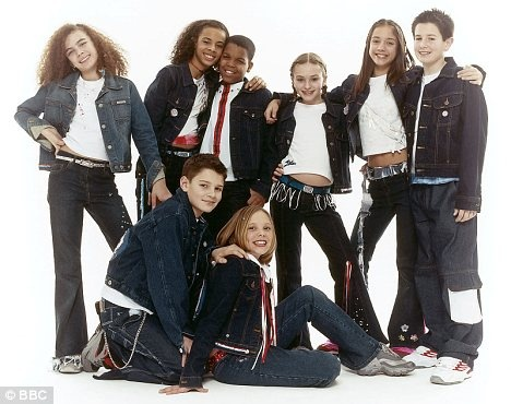 One Step Closer - S Club 8 hinh anh