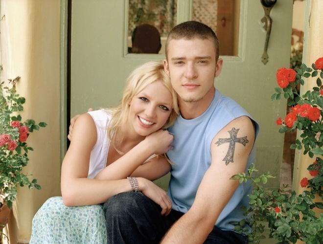 Britney 3.0: Cuoc lot xac ngoan muc hinh anh 3
