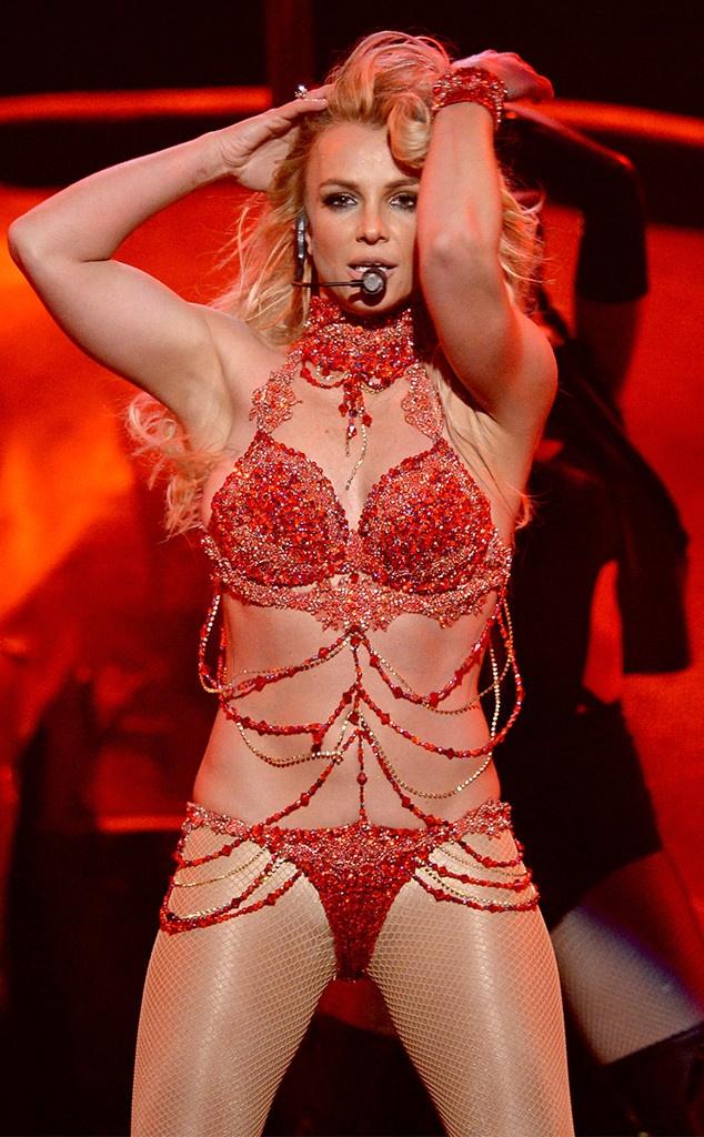Britney 3.0: Cuoc lot xac ngoan muc hinh anh 1