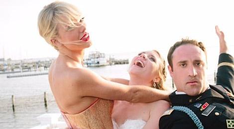 Taylor Swift lo dien o dam cuoi fan sau khi chia tay Calvin hinh anh