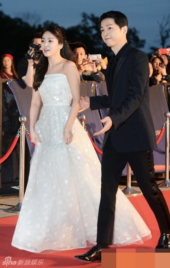 Song Hye Kyo co tinh ne mat tinh cu Lee Byung Hun hinh anh 1