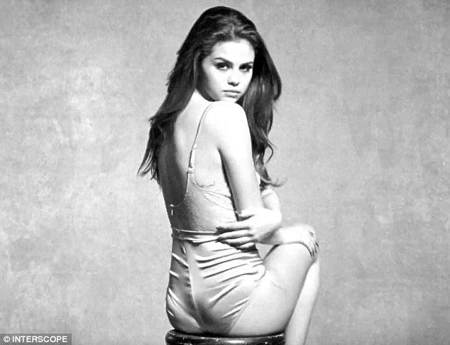 Selena Gomez goi cam trong MV den trang hinh anh 1