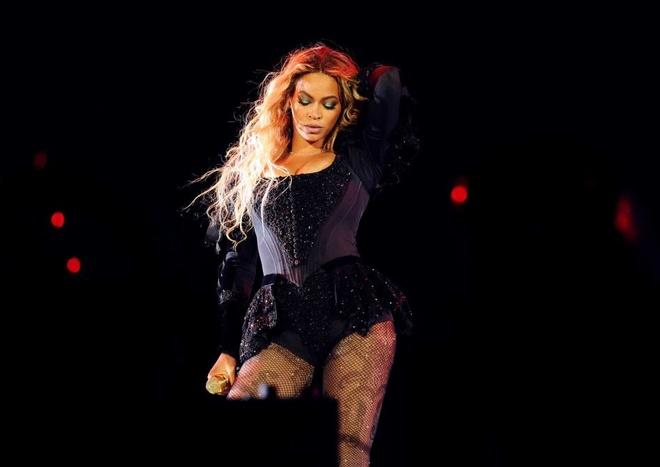 Beyonce thu ve dia bach kim moi hinh anh 2
