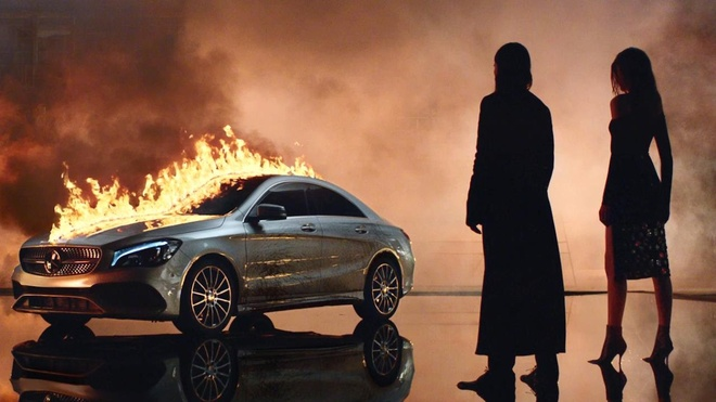 Mercedes-Benz he lo phim ngan thoi trang moi hinh anh
