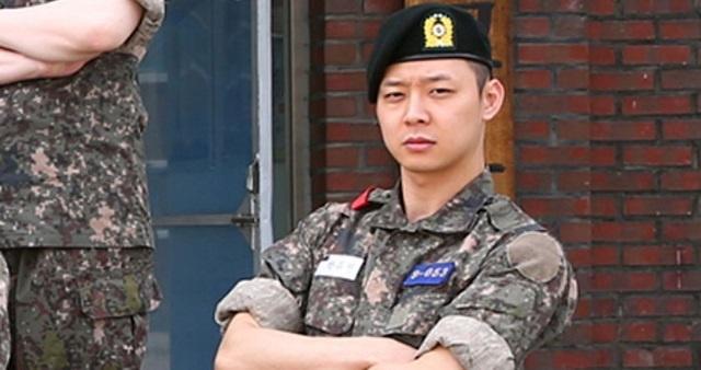 Park Yoochun bi to tan cong tinh duc hinh anh 2