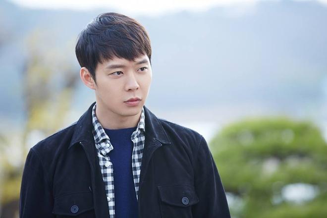Park Yoochun bi to tan cong tinh duc hinh anh 1