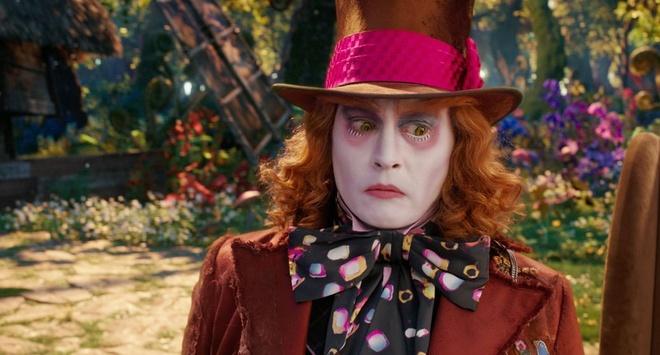Johnny Depp chi bon tien de doi pho voi scandal hinh anh 2
