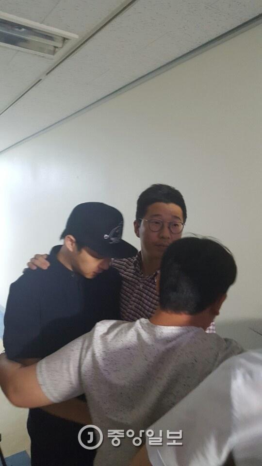 Vu kien Park Yoochun xam hai tinh duc duoc rut bo hinh anh 2