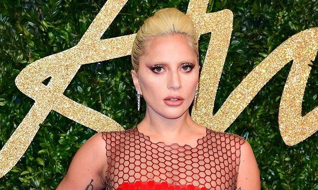 Lady Gaga xem xet dong phim cua Bradley Cooper hinh anh 2