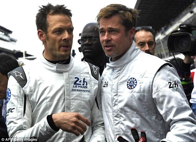 Brad Pitt dua xe mo man giai dau lau doi nhat the gioi hinh anh 4