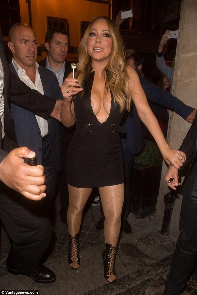 Mariah Carey chuong mac ho bao o tuoi 46 hinh anh 8