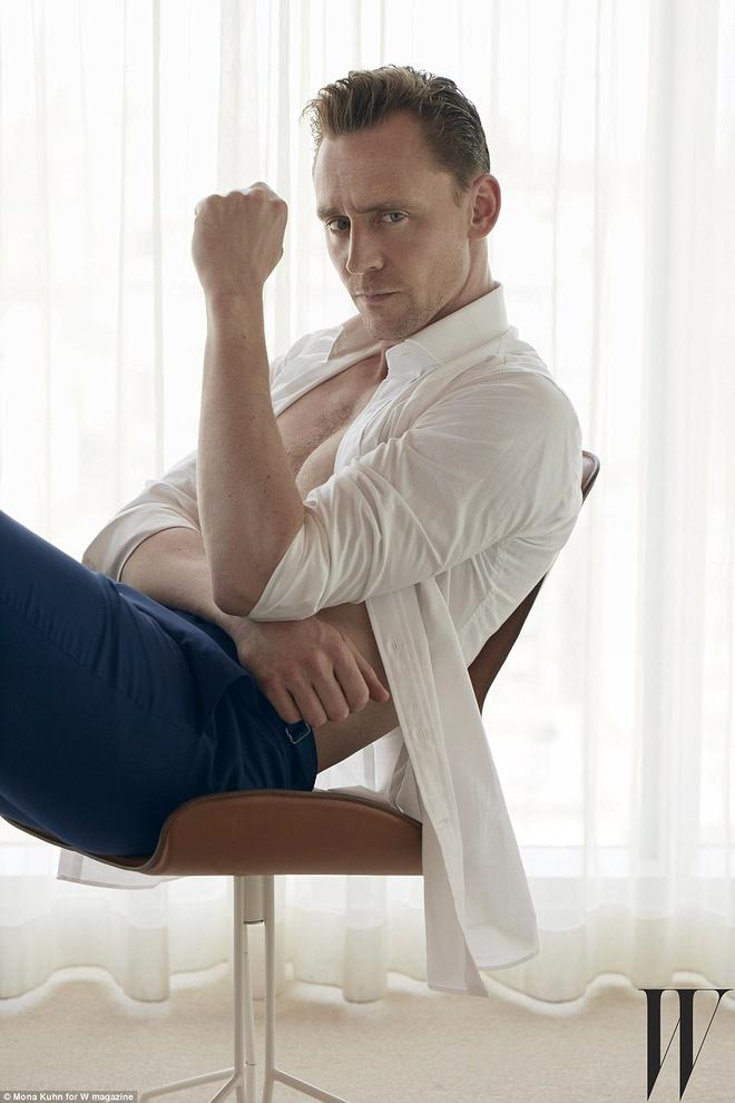 Tinh moi 'Loki' cua Taylor Swift coi ao tren tap chi hinh anh 2