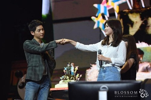 Song Joong Ki hoi ngo So Ji Sub trong phim moi hinh anh 2