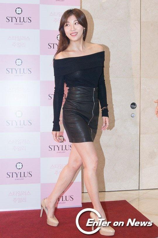 Voc dang Ha Ji Won nuot na o tuoi 38 hinh anh 2