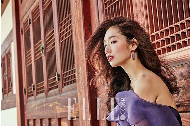 Park Shin Hye bi che photoshop qua tay trong anh moi hinh anh