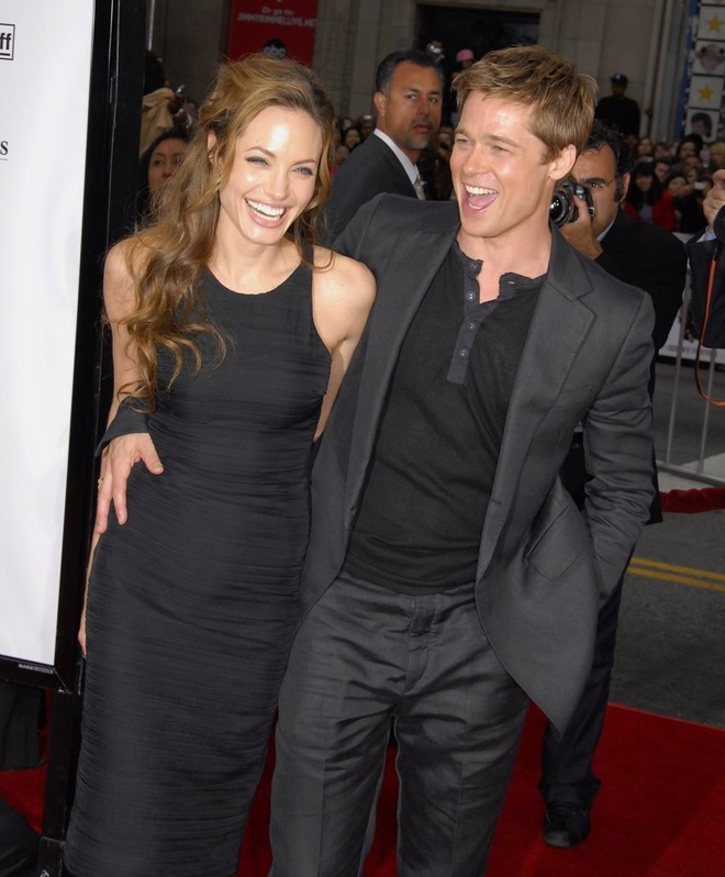 Khoanh khac dep cua Brad Pitt va Angelina Jolie trong 13 nam hinh anh 4
