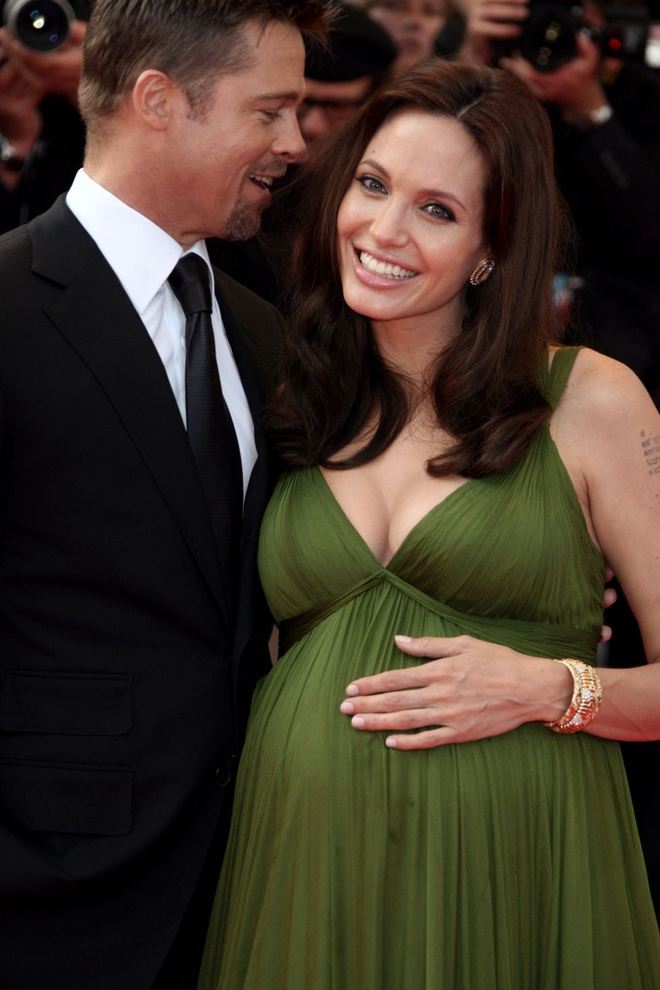 Khoanh khac dep cua Brad Pitt va Angelina Jolie trong 13 nam hinh anh 6