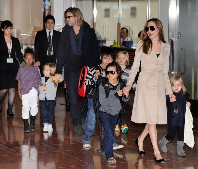 Khoanh khac dep cua Brad Pitt va Angelina Jolie trong 13 nam hinh anh 12