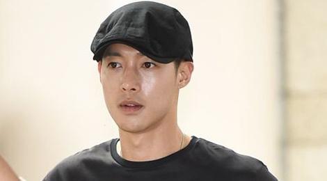 Fan ung ho Kim Hyun Joong khi hau toa hinh anh