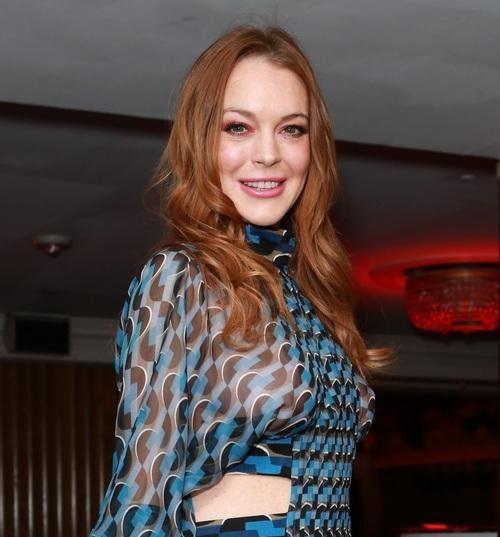 Lindsay Lohan bi to an chan tien quang cao phim hinh anh 1