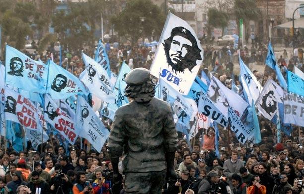 Ly giai 'hien tuong toan cau' cua ao thun Che Guevara hinh anh 3