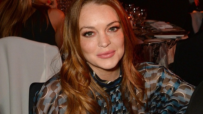 Hau chia tay ban trai, Lindsay Lohan thua nhan co thai hinh anh