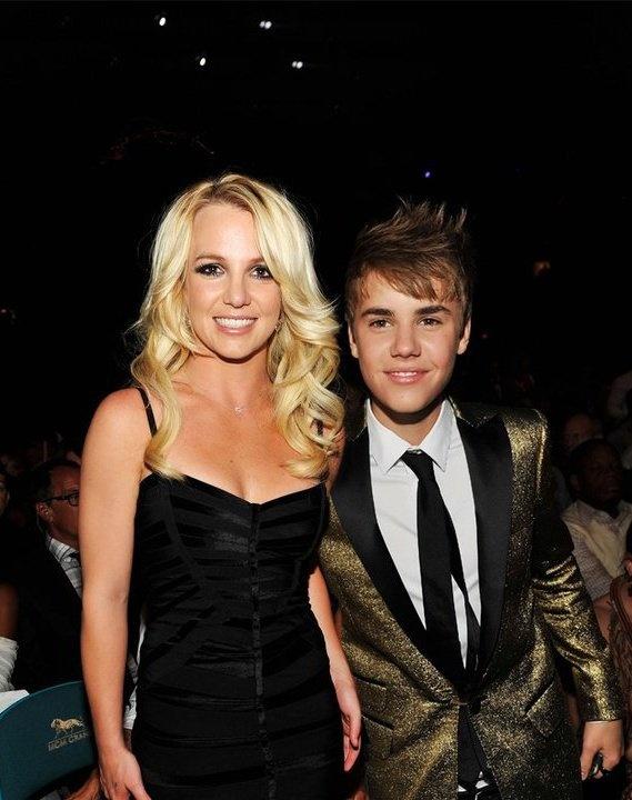 Justin Bieber hop tac voi Britney Spears anh 1