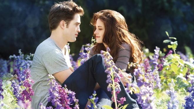 Robert Pattinson bi ton thuong vi Kristen Stewart hinh anh 1