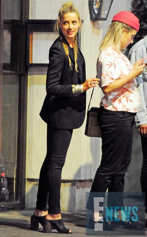 Amber Heard vui ve tiec tung sau khi chia tay Johnny Depp hinh anh 1