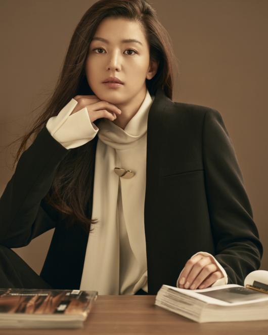 'Mo chanh' Jun Ji Hyun sang trong trong loat anh moi hinh anh 1