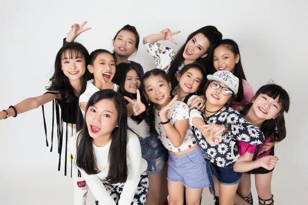 Dong Nhi - Ong Cao Thang gioi thieu tro cung The Voice Kids hinh anh 17