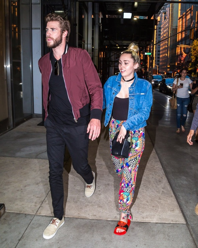 Miley Cyrus doi tra moi chi phi khi yeu Liam hinh anh 1